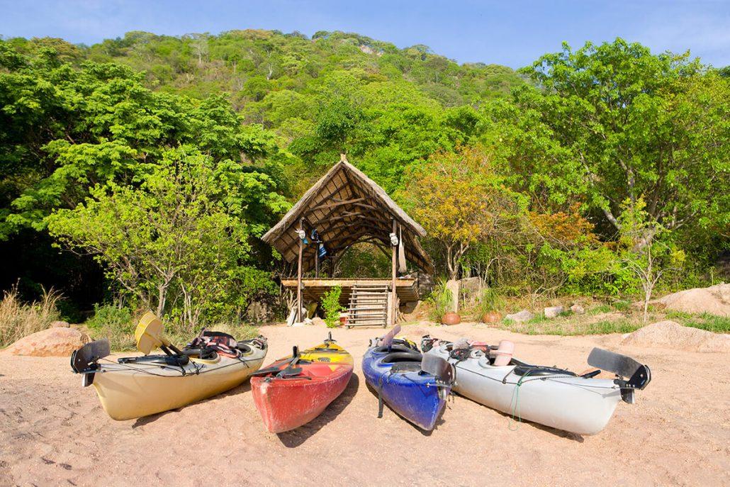 Kajaks op Domwe Island