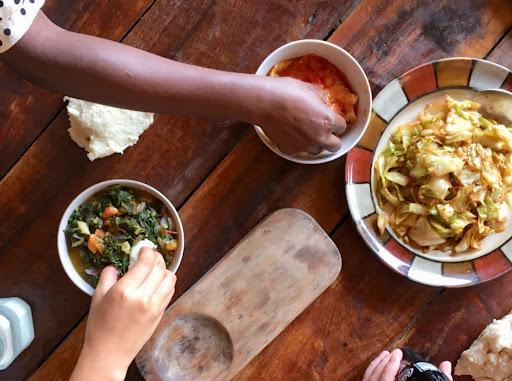 Met je handen eten in Malawi